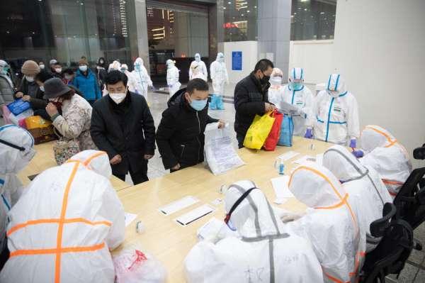 Koronavirüs Çin ekonomisi vurdu
