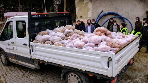 Belediyeden patates ve soğan dağıtımı