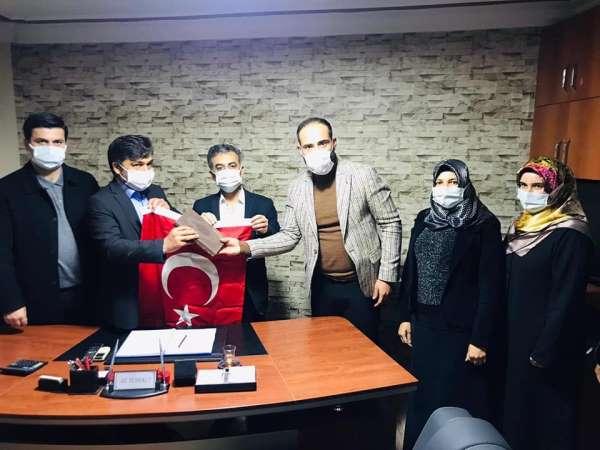 AK Parti Kozanda şehit ailelerini yalnız bırakmadı