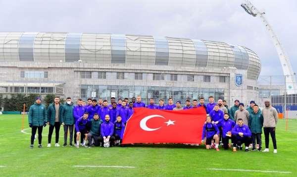 Başakşehirde Denizlispor maçı hazırlıkları başladı