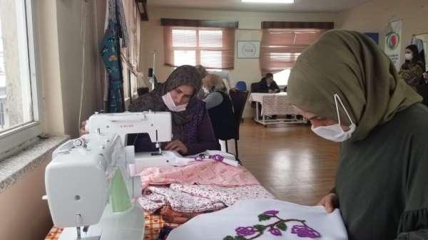 Kurs alan köylü kadınlar mikro krediyle kendi işyerlerini açacak