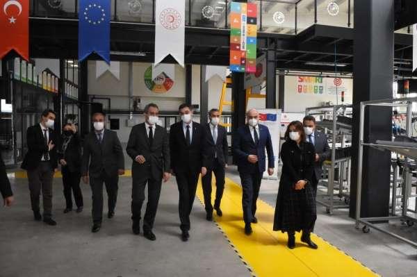 Milli Eğitim Bakan Yardımcısı Mahmut Özer GSO-MEMi ziyaret etti