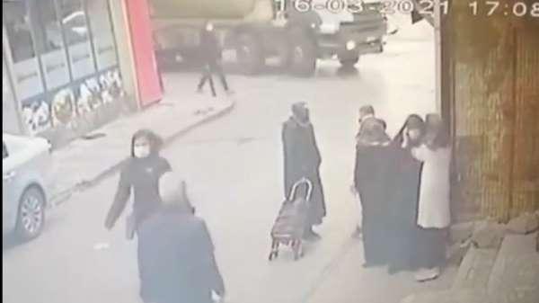 (Özel) Ümraniyede feci kaza: Genç kadın beton mikserinin altında kaldı