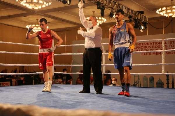 Uluslararası İstanbul Boğaziçi Boks Turnuvasında çeyrek final müsabakaları sona erdi