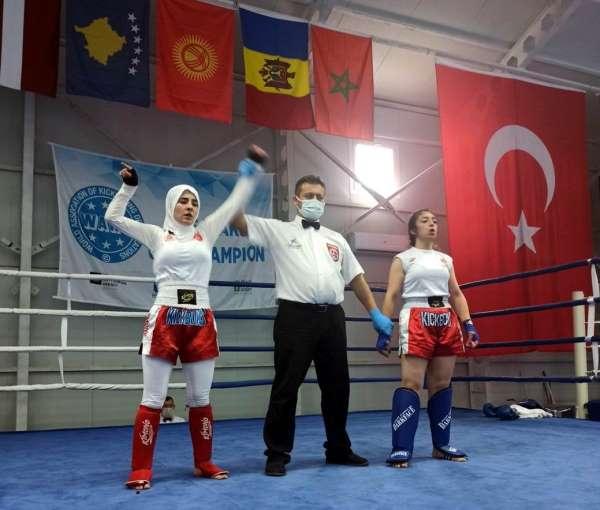 Samsunlu kick boksçular Antalyadan madalyayla döndüler