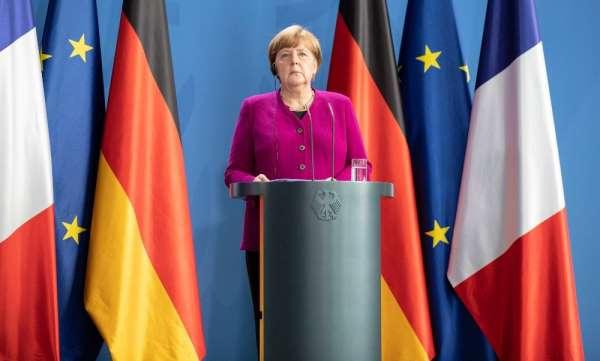 Macron ve Merkel'den 500 milyar Euroluk ekonomi planı