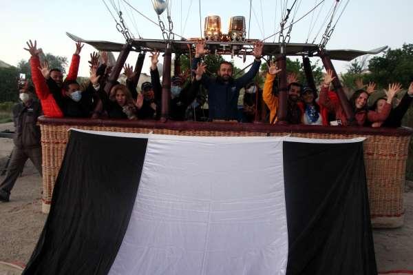 Kapadokyada Beşiktaşın şampiyonluğu gökyüzünde kutlandı