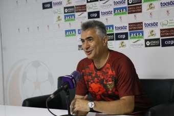 Hatayspor Teknik Direktörü Mehmet Altıparmak: 'Şampiyonluğumuzu hep beraber kutl