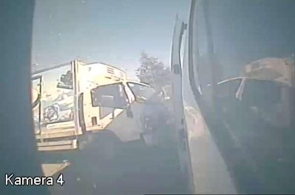 Korku dolu anlar araç kamerasıyla görüntülendi