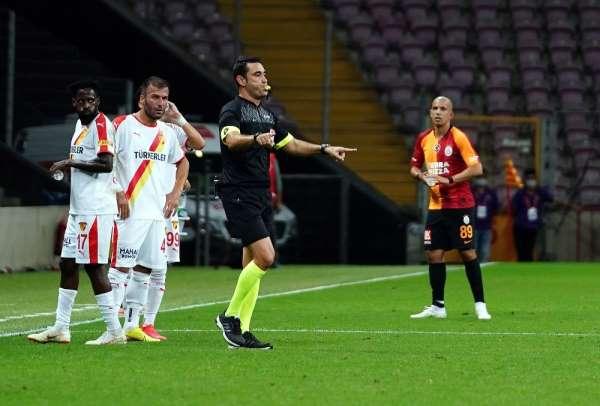 Süper Lig: Galatasaray: 0 - Göztepe: 0 (İlk yarı)