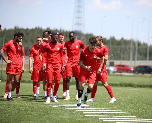 Sivasspor Petrocub maçına hazırlanıyor
