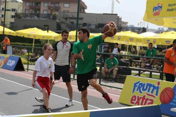 Frutti Extra Cuptan 3x3 Basketbol Turnuvası başlıyor
