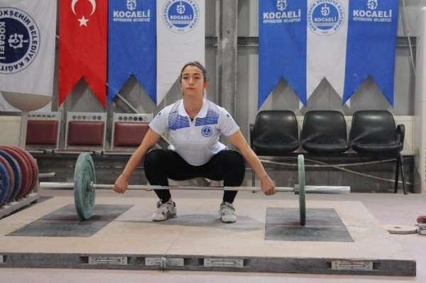 Kağıtspor'lu Berfin'in hedefi Avrupa şampiyonluğu