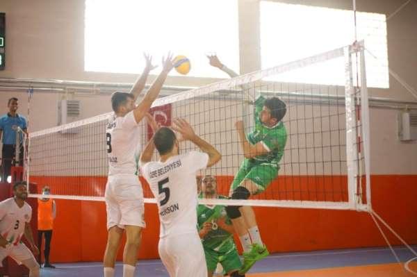Cizre Belediyesi erkek voleybol takımı 2'de 2 yaptı