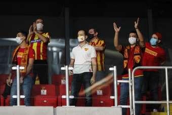 Süper Lig: Göztepe: 1 - Fenerbahçe: 2 (İlk yarı)