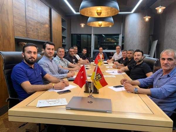 Yeni Malatyaspor yönetimi 'Futbol Köyü' için toplandı