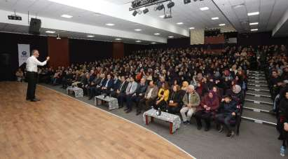 Canik'te 'Hikayelerle Anadolu İrfan' Konferansı düzenlendi