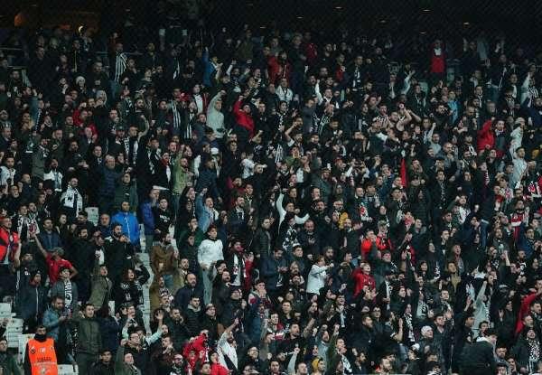 Süper Lig: Beşiktaş: 0 - Sivasspor: 1 (Maç devam ediyor)