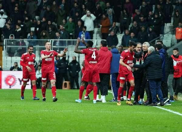 Süper Lig: Beşiktaş: 1 - D.G.Sivasspor: 2 (Maç sonucu)
