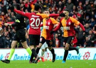 Süper Lig: Galatasaray: 1 - Denizlispor: 0 (İlk yarı)