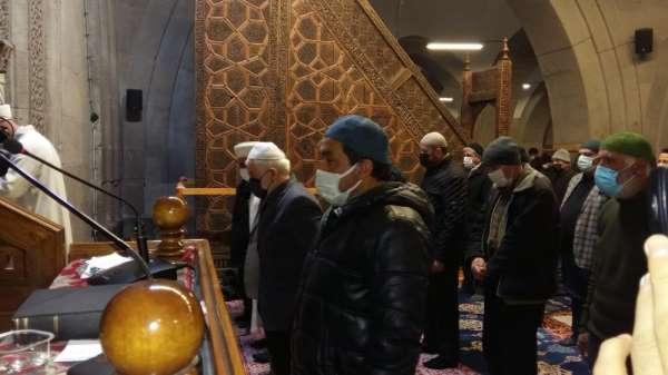 Gara şehitleri için Kayseride gıyabi cenaze namazı kılındı