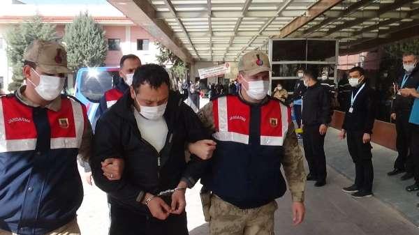 Kırmızı bültenle aranan üst düzey DEAŞ'lı terörist adliyeye sevk edildi