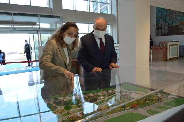 Başkan Özlü Düzce Üniversitesinin kuruluşunu kutladı
