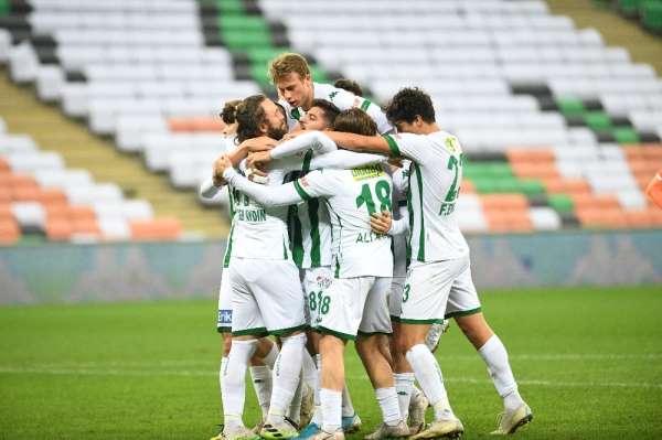 Bursaspor, Adanada oynadığı son 5 maçı kazandı, 9 maçı kaybetmedi
