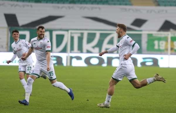 Bursasporun üç maçı 19.00da, bir maçı da saat 16.00da başlayacak