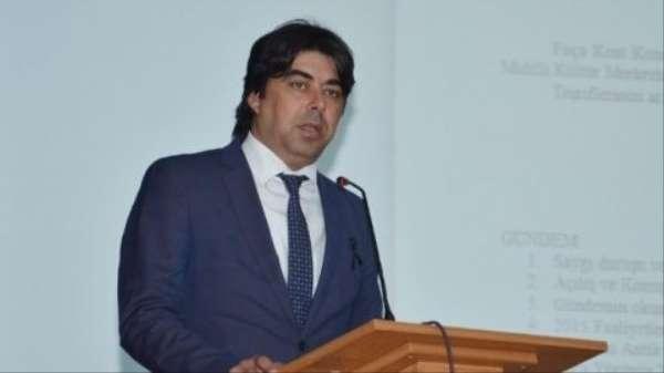 Foçanın eski Belediye Başkanı Gökhan Demirağ kaza geçirdi. Demirağın kullandığı araç kazada takla attı. İlk