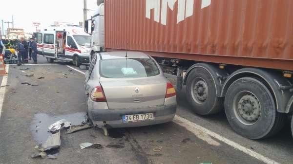 İstanbul- Tekirdağ yolunda kırmızı ışıkta zincirleme kaza