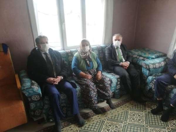 Kaymakam Kemal Duru, şehit aileleri ve gaziler ziyaret etti