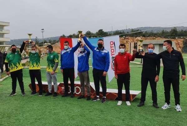 Kocaelinin sporcuları, turnuvadan madalyayla döndü