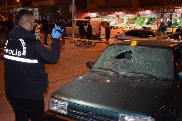 Malatyada park halindeki araca silahlı saldırı: 1 yaralı