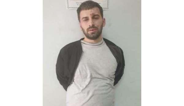 Arnavutlukta camiye bıçaklı saldırı: 5 yaralı