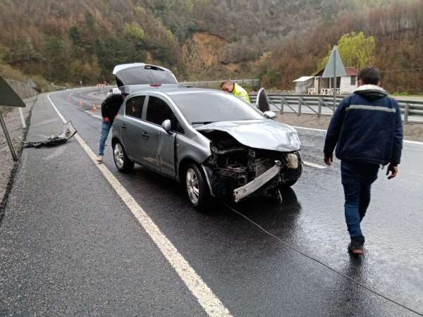 Kozluda trafik kazası:2 yaralı