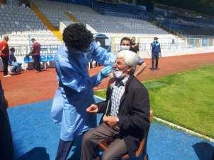 Erzurumspor-Eskişehirspor maçında görevli personele Covid-19 testi yapıldı
