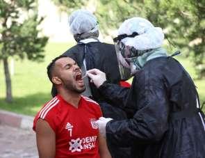 Sivasspor'a 6. kez korona virüs testi yapıldı
