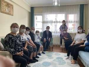 Vali Ünlü, göreve başlamasının ardından ilk olarak şehit ailelerini ziyaret etti