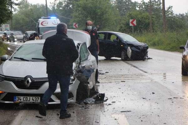 Boluda tabiat parkı yolunda kaza: 9 yaralı