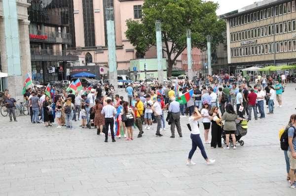 Almanya'da Ermenistan'ın saldırıları protesto edildi