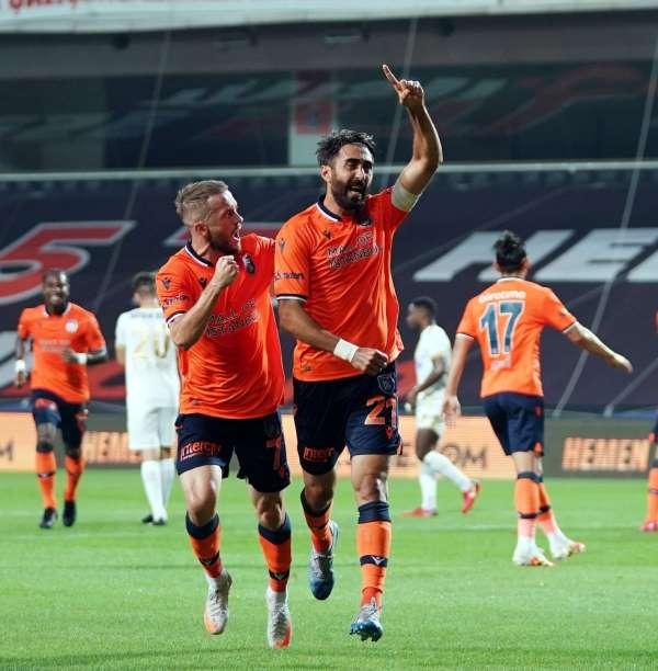 Başakşehir'de şampiyonluk golü Mahmut Tekdemir'den