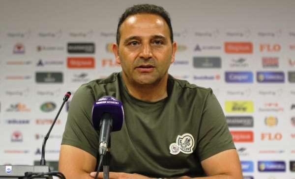 Fuat Çapa: 'Deplasmanda iki gol atıp bir puan almak çok üzücü'