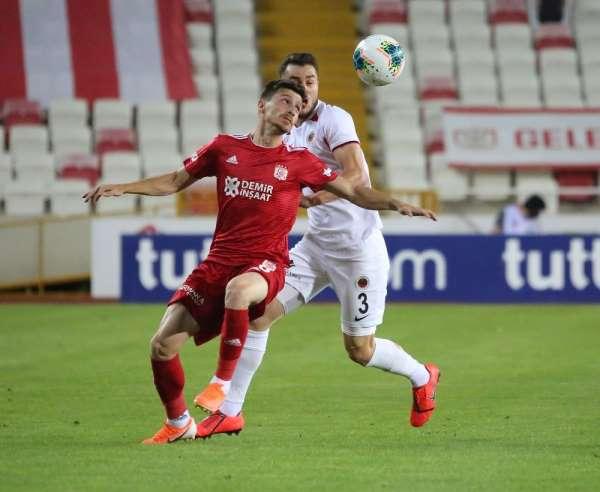 Süper Lig: Sivasspor: 0 - Gençlerbirliği: 0 (Maç devam ediyor)