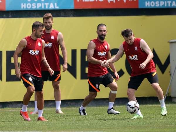 Galatasarayda Falcao takımla çalıştı