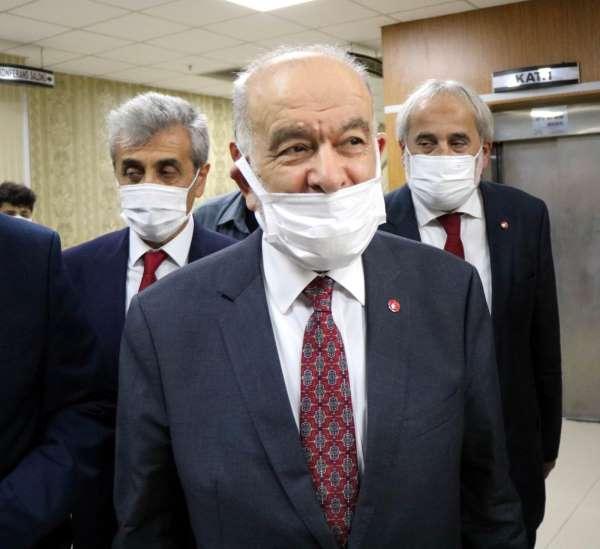 Saadet Partisi Genel Başkanı Karamollaoğlu: Şu anda ittifak diye bir şey söz konusu değil