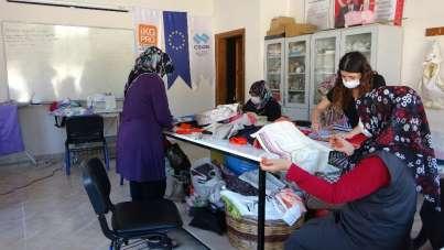 Kadınlar üretip ev ekonomilerine katkı sağlıyor