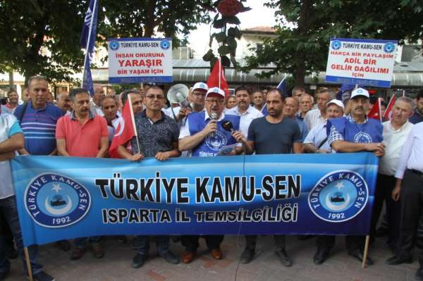 Isparta'da hükümetin zam teklifine protesto
