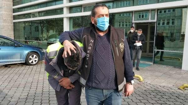 12 kilo esrarla yakalanan baba tutulandı, kızı ve yeğenine adlı kontrol