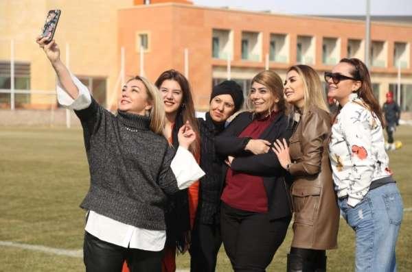 Kayserispor'da Kadın dayanışması
